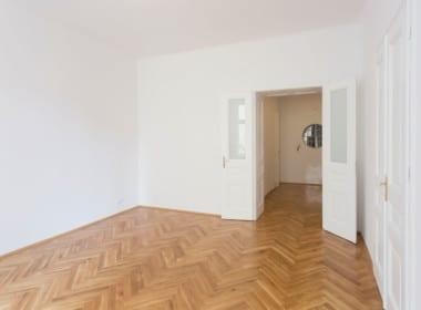 Whg 1070:2_Fischgrät Parkett Wohntraum Altbau 1070 Wien