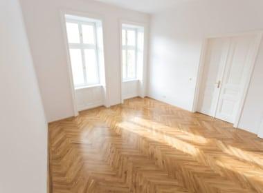 Whg 1070:2_Schlafzimmer 1070 Wien Altbau Parkettboden Wohntraum Fischgrät